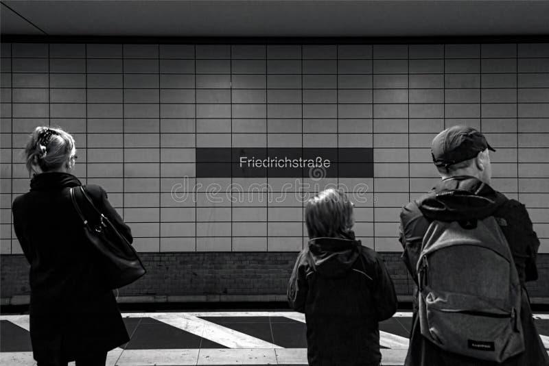 Berlijn Friedrichstraße 02 - Berlijn 07 2018 stock afbeelding