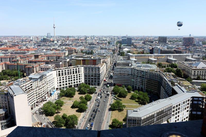 berlijn 06/14/2018 Panorama vanaf de bovenkant van een toren van Potsdamer Platz royalty-vrije stock afbeeldingen