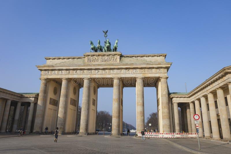 BERLIM, ALEMANHA - 11 DE ABRIL DE 2014: Sala de concertos no Gendarmenm imagem de stock