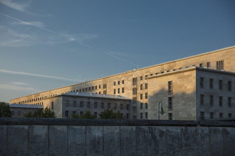 Berlim, Alemanha; 20 de agosto de 2018; sobras de Berlin Wall foto de stock