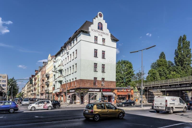 Berlim, Alemanha, o 23 de maio de 2018 Opinião da rua de uma parte de Berlim, chamada Schöneberg fotografia de stock royalty free