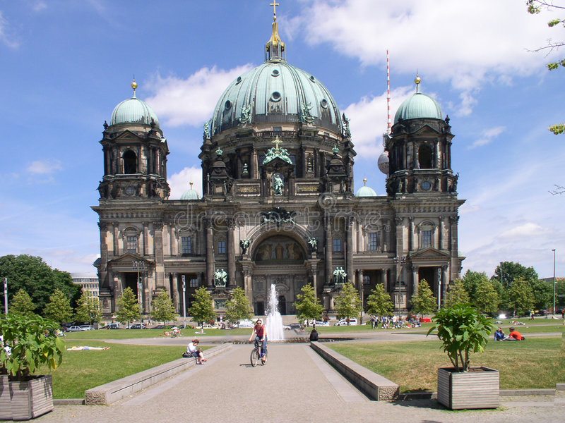 Berlim - os DOM imagens de stock royalty free