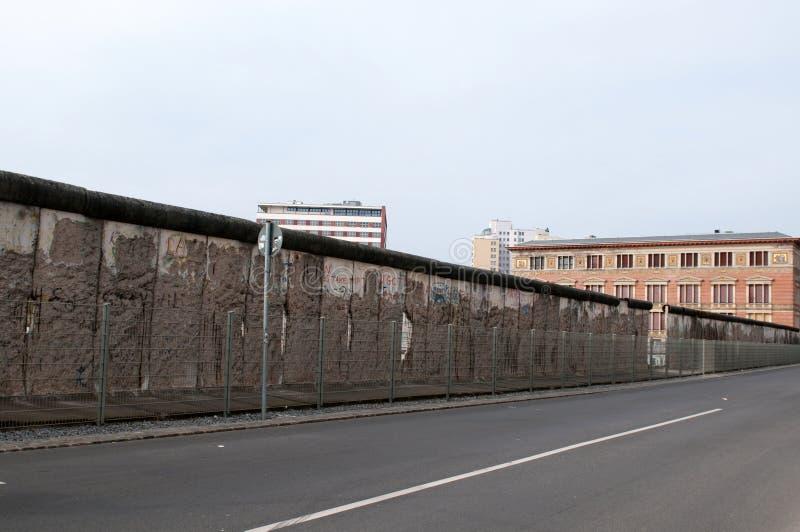 berlin остает стеной стоковые изображения rf
