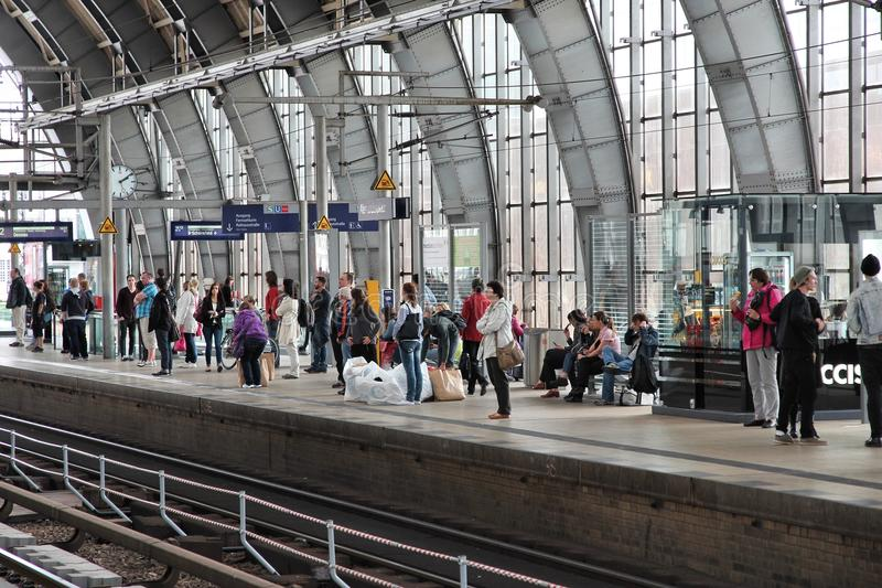 Berlin Alexanderplatz station royaltyfri foto