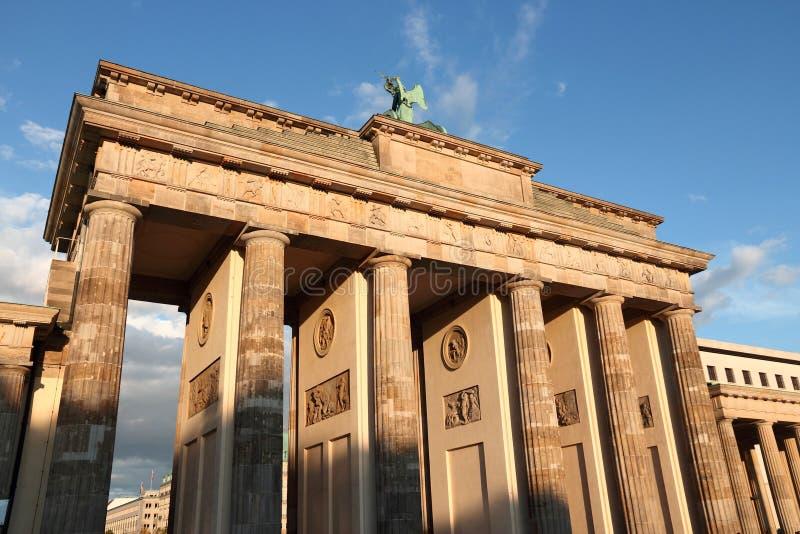 berlin brandenburg port royaltyfria foton