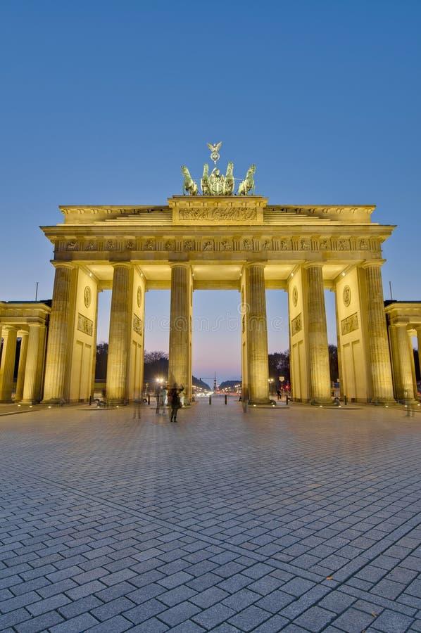 berlin brandenburgergermany tor arkivbild