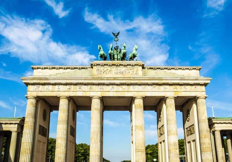 Download Berlin brandenburgertor arkivfoto. Bild av germany, klassiskt - 106834474