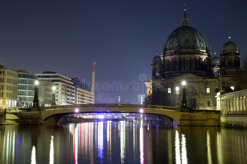 Berlin Bridge Museumsinsel imagem de stock