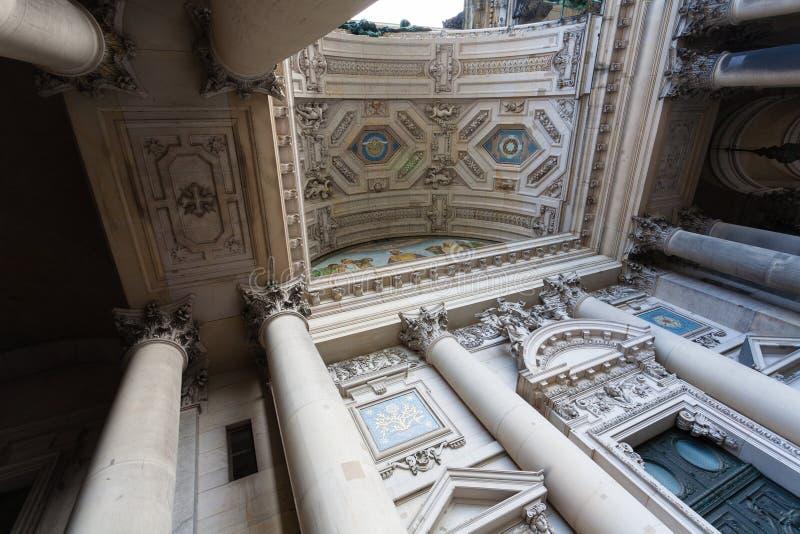 Berlin Cathedral-Atrium stockfotografie