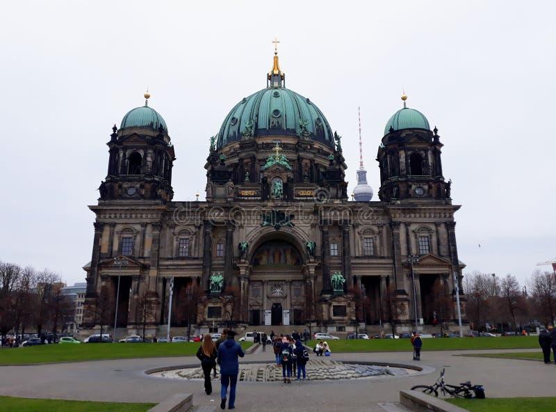 Berlin Cathedral auf Deutsch, ` Dom-` von Berlin im Winter lizenzfreie stockbilder