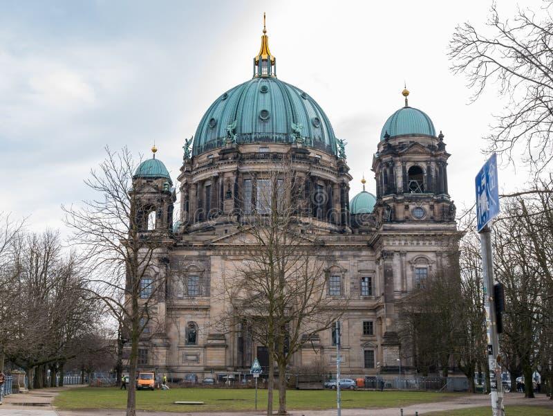 Berlin Cathedral/BerlinerDom, på museumön, Mitte, Berlin germany royaltyfri foto