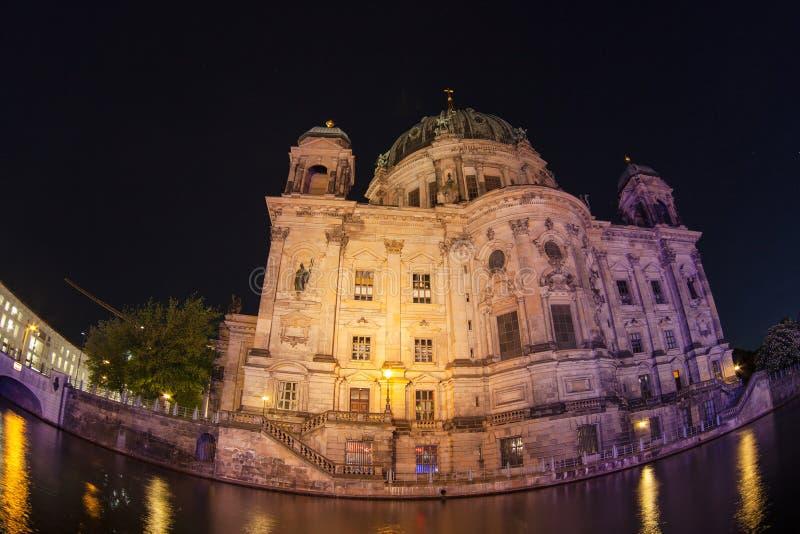 Berlin Cathedral eller BerlinerDom royaltyfria foton