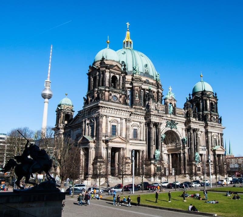 Berlin Cathedral i HDR royaltyfria bilder
