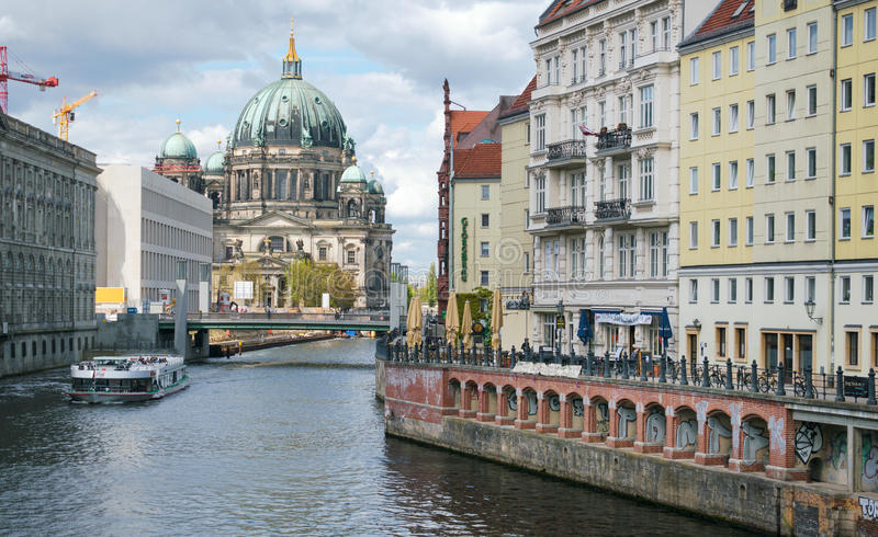 Download Berlin Cathedral editorial stock image. Image of london - 92589949