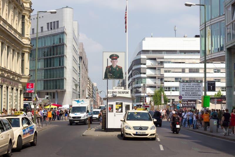 berlin charlie testpunkt fotografering för bildbyråer