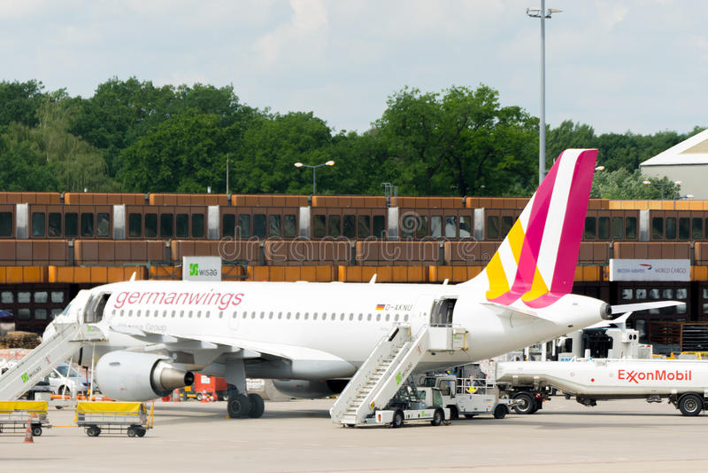 BERLIN, DEUTSCHLAND - 22. JUNI 2016: Eurowings, Germanwings-Flugzeug lizenzfreie stockfotografie