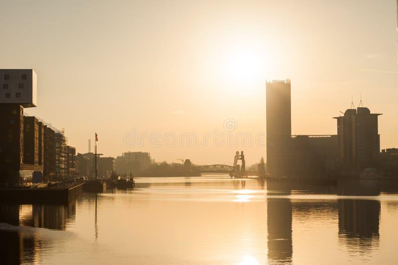 Berlin flod fest på gryning royaltyfri bild