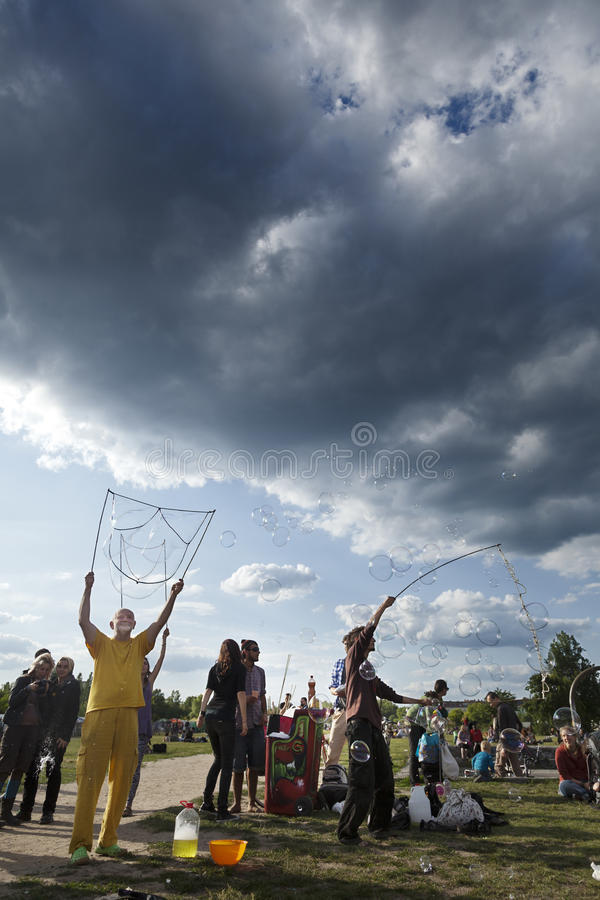 Download Making Soap Bubbles At Mauerpark Editorial Image - Image: 30062270