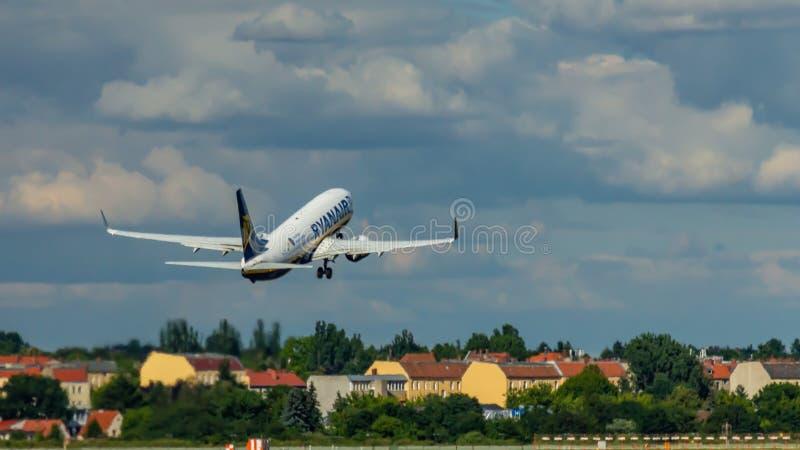 Ryanair, Boeing 737 stock images