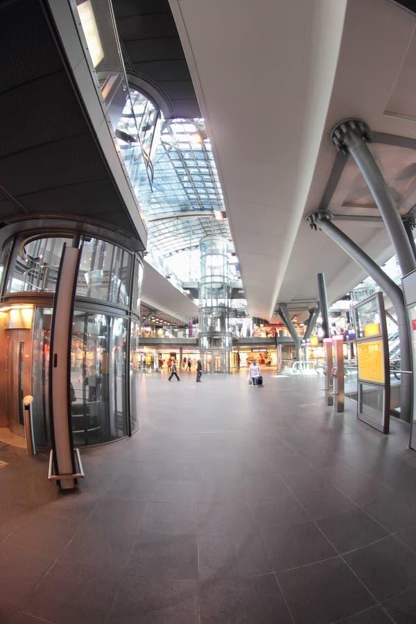 Berlin Hauptbahnhof fotografering för bildbyråer