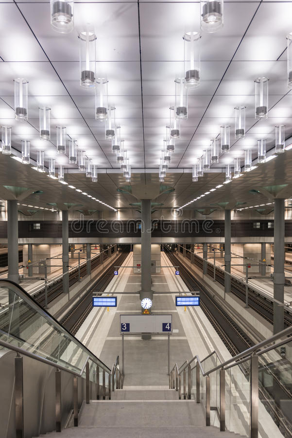 Berlin Hauptbahnhof lizenzfreie stockfotografie