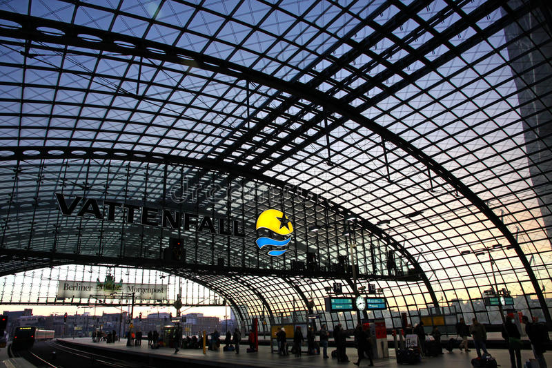 Download Berlin Hauptbahnhof - Railway Station In Berlin Editorial Image - Image of interior, metro: 23138485