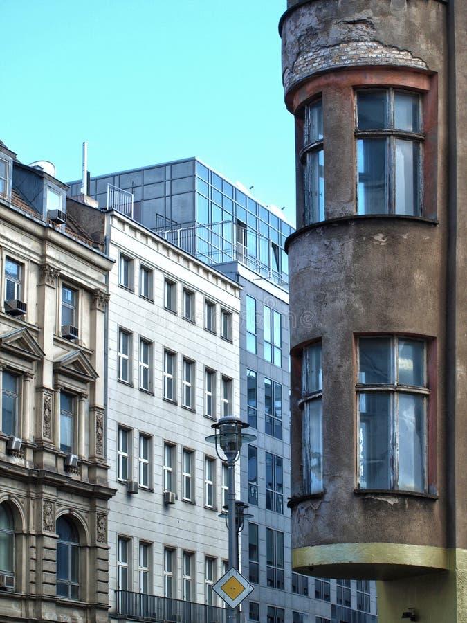 berlin houses nytt gammalt royaltyfria bilder