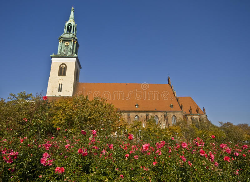 berlin kyrklig mary s st arkivfoto