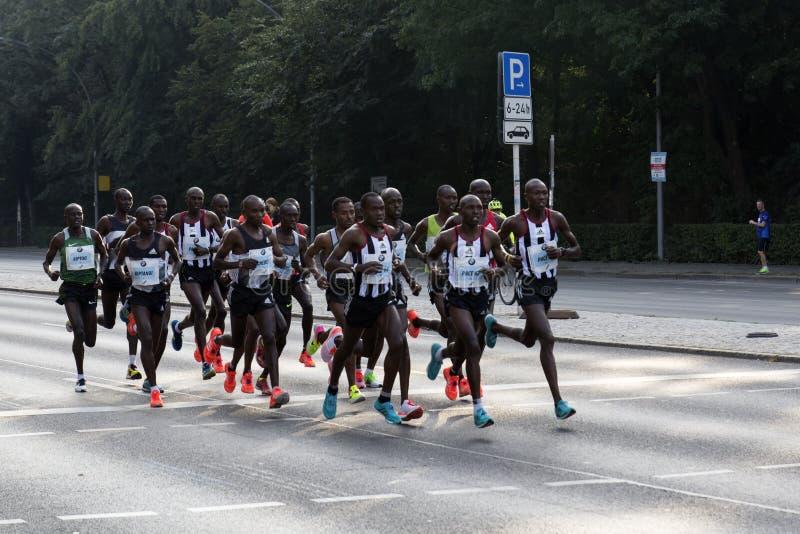 Berlin Marathon Elite Men Group imagen de archivo