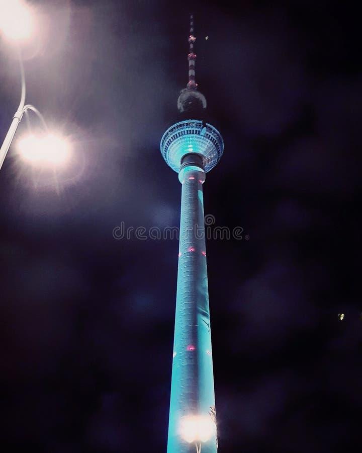 Berlin @ natt fotografering för bildbyråer