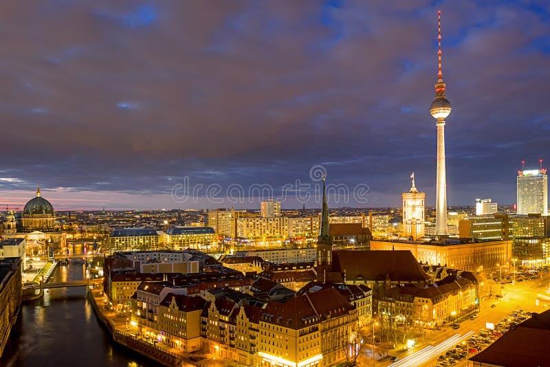 berlin natt royaltyfri bild