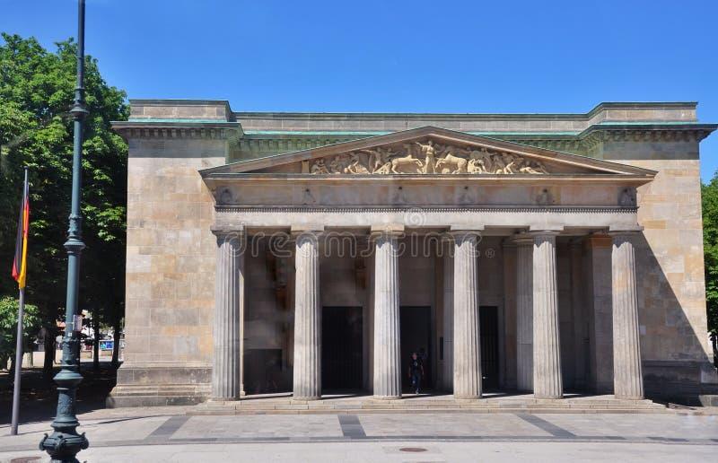 Download Berlin neue wache zdjęcie stock. Obraz złożonej z berliner - 57672796