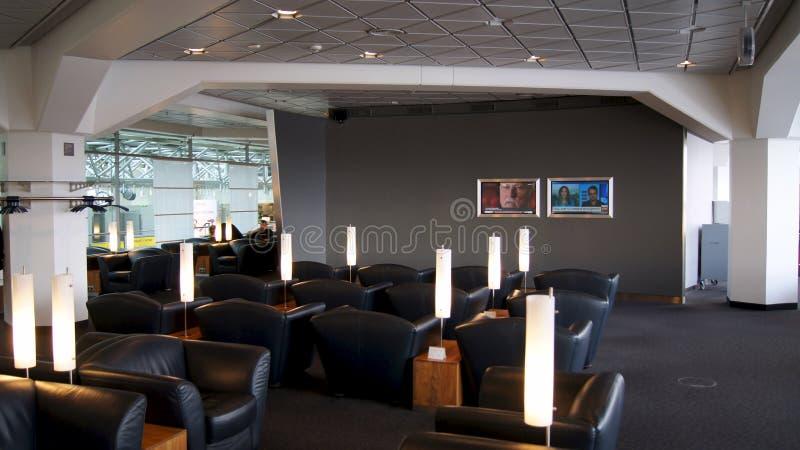 BERLIN NIEMCY, JAN, - 17th, 2015: miejsca siedzące teren przy Biznesowym holem przy Berlińskim Tegel lotniskiem międzynarodowym zdjęcia royalty free