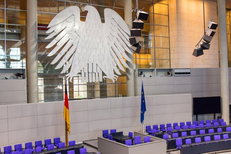 BERLIN, NIEMCY - jenuary 5, 2018: Wnętrze Plenarny Hall pokój konferencyjny Niemiecki parlament Deutscher Bundestag obraz royalty free