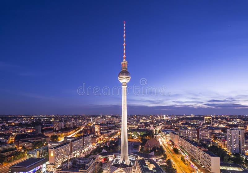 Berlin, Niemcy linia horyzontu zdjęcie stock