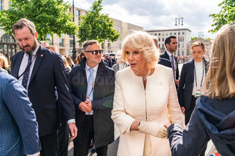 BERLIN NIEMCY, MAJ, - 7, 2019: Camilla, Duchess Cornwall, przed Brandenburg bramą fotografia stock