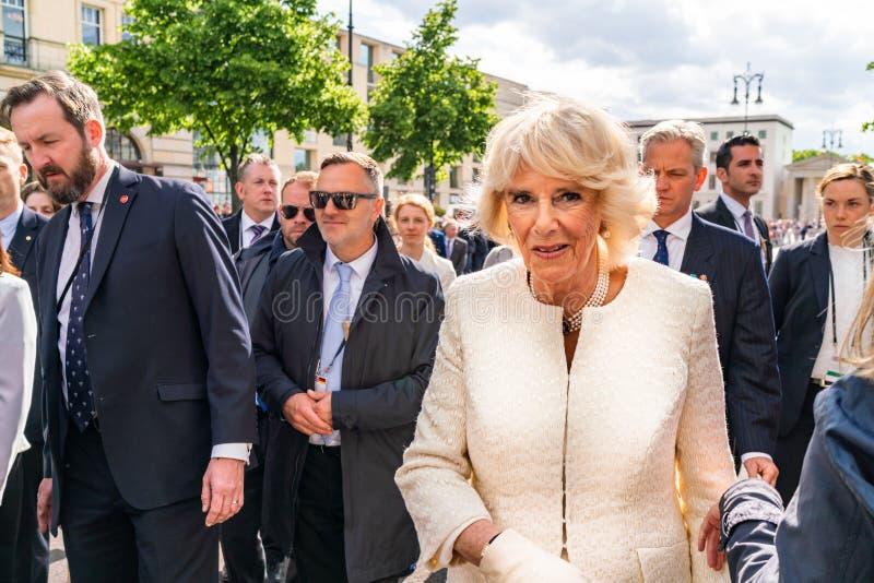 BERLIN NIEMCY, MAJ, - 7, 2019: Camilla, Duchess Cornwall, przed Brandenburg bram? obrazy royalty free