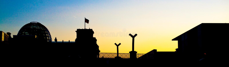 berlin panoramasolnedgång royaltyfri foto