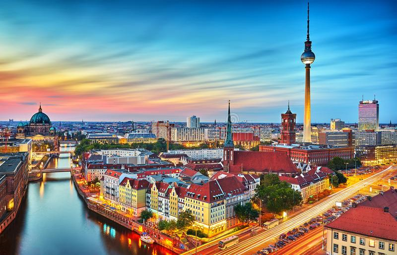 Berlin-Stadtskyline lizenzfreies stockbild