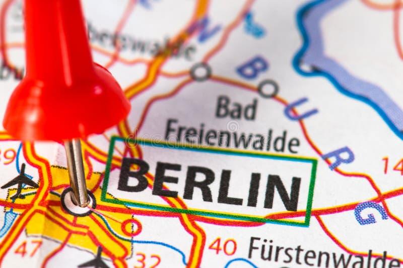 Berlin sur une carte photo stock