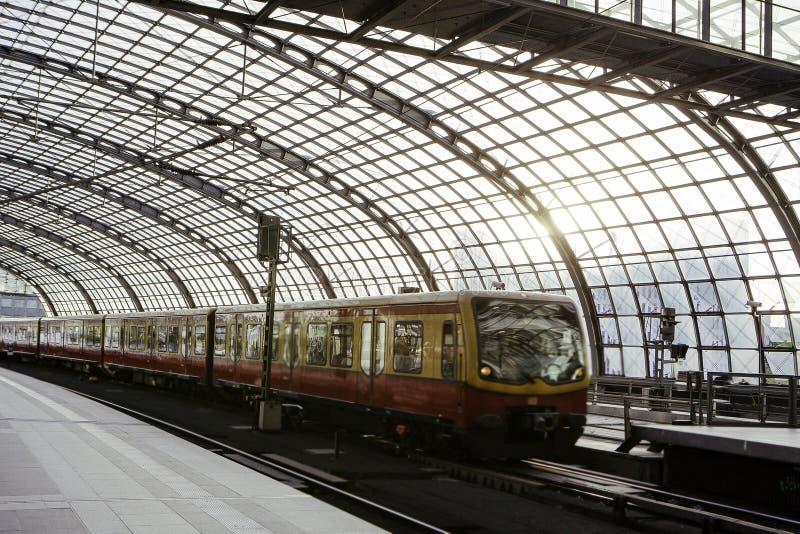 Berlin taborowa główna stacja, Hauptbahnhof obraz royalty free