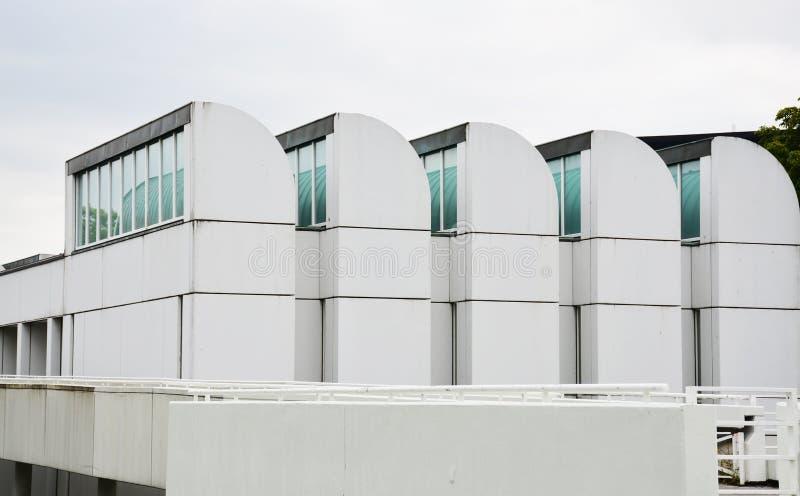 Berlin Tyskland - 5 Augusti 2015: Bauhausarkivet, museum av designen, samlar konststycken, objekt och litteratur som gäller t royaltyfri foto