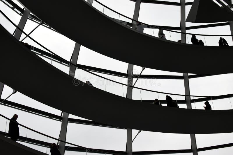 Download BERLIN TYSKLAND - December 17 2017: Inre Sikt Av Kupolen I Reichstag Byggnad Redaktionell Arkivbild - Bild av cupola, kultur: 106838097