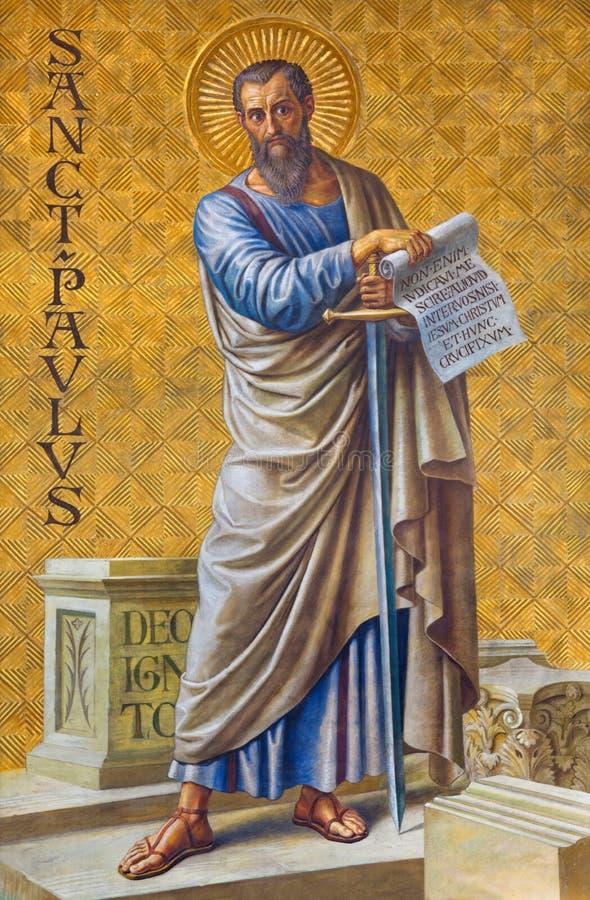 BERLIN TYSKLAND, FEBRUARI - 14, 2017: Freskomålningen St Paul aposteln i den Herz Jesus kyrkan royaltyfria foton