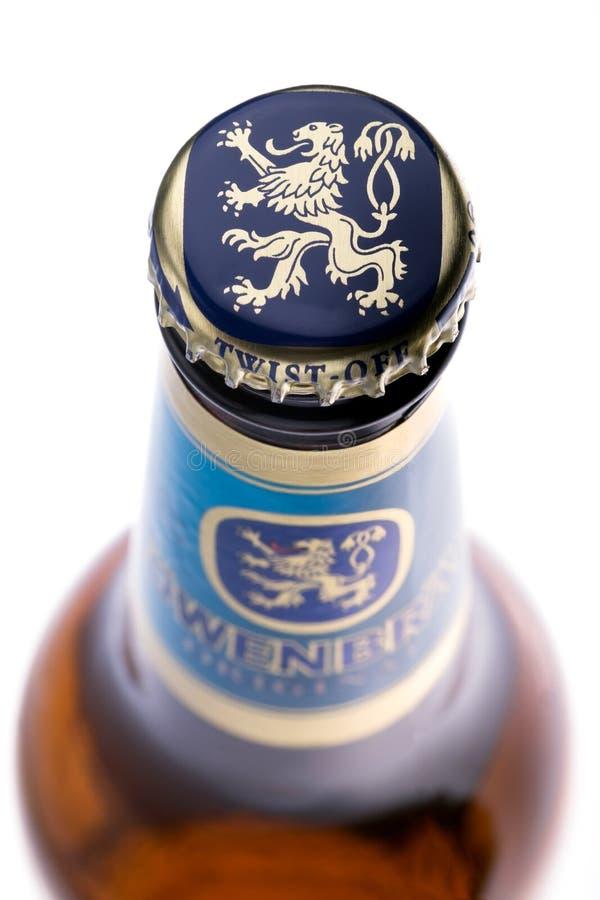 Berlin Tyskland - Oktober 13, 2016 Lowenbrau öl har tjänats som på varje Oktoberfest i Munich efter 1810 arkivfoton