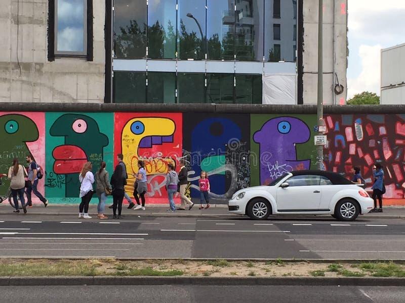 Berlin Wall et un insecte image stock