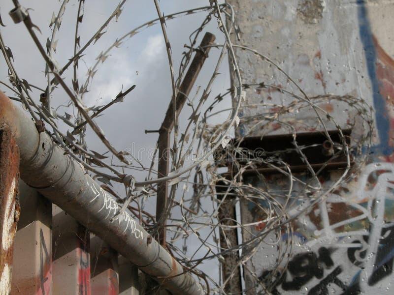 Berliner Mauer Constantina-Draht lizenzfreies stockbild