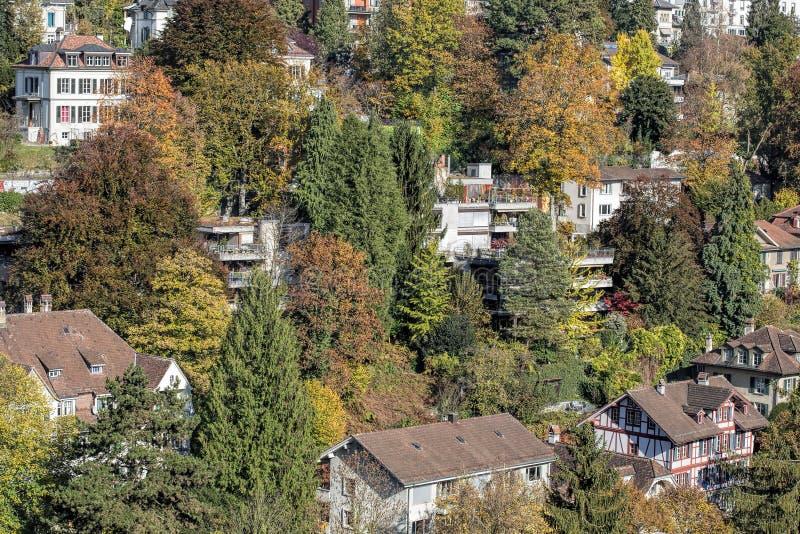 Bern-Stadtbild im Spätherbst lizenzfreie stockfotos