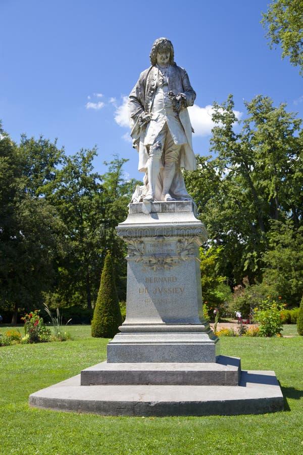 Bernard de Jussieu Statue royalty-vrije stock foto