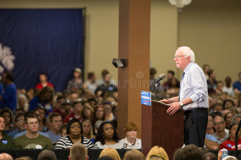 Bernie Sanders - centre de médaillon photographie stock libre de droits